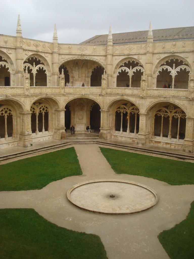 Pátio interno do Mosteiro dos Jerónimos