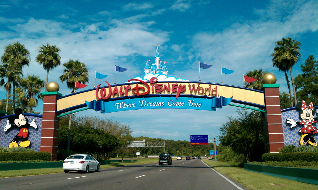 Entrada do Complexo Walt Disney World.