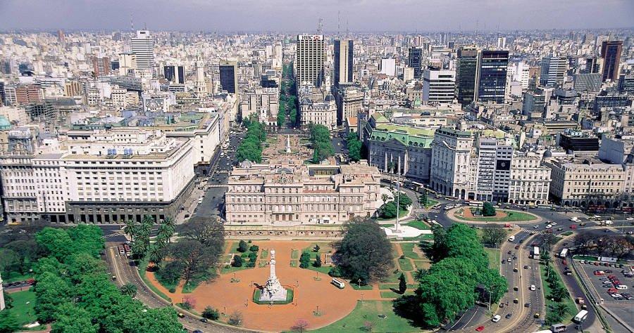 5 destinos para sua primeira viagem internacional: Vista aérea de Buenos Aires
