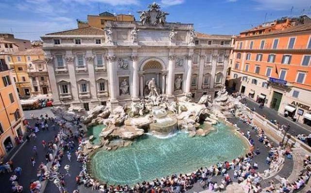 Fontana di trevi - Foto: http://www.arteeblog.com/