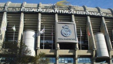 Entrada do Santiago Bernabéu - Foto: Lid Costa