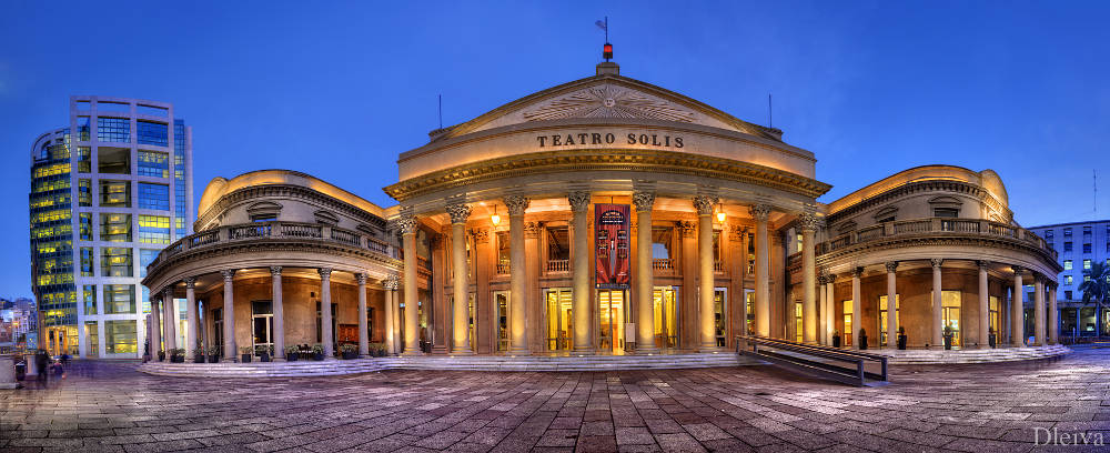 Teatro Solís - Foto: Domingo Levia - https://www.flickr.com/photos/dleiva/6049714403