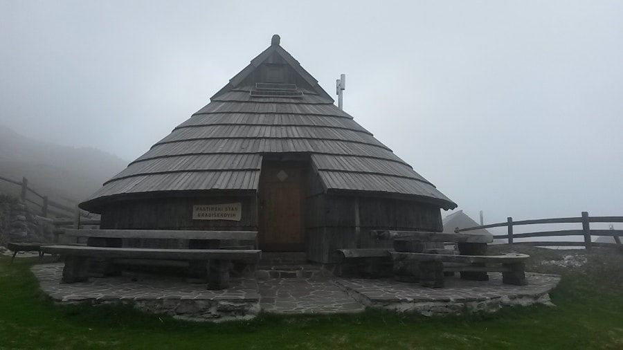 Casa típica de Velika Planina.