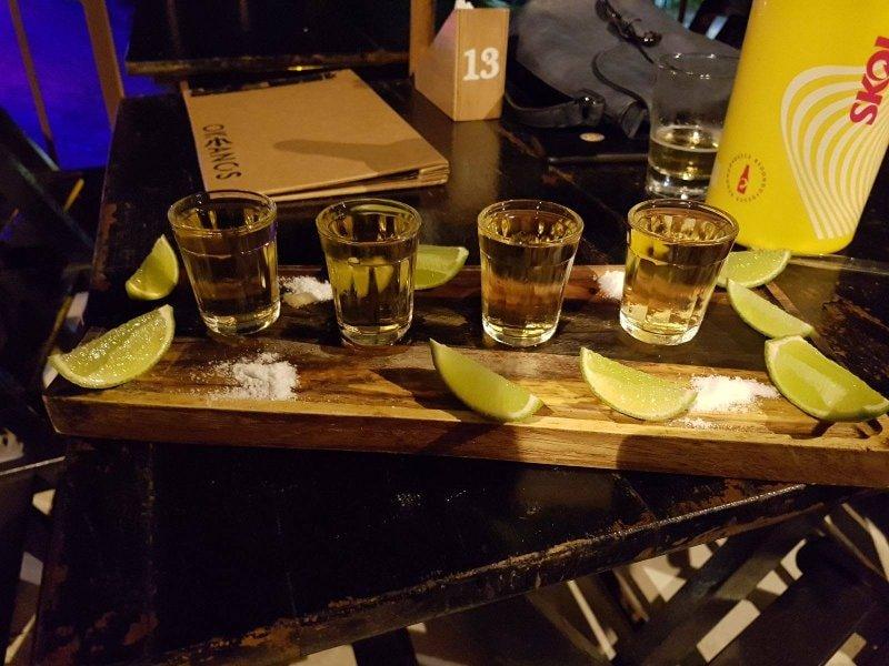 Tequila do Bar Okeanos | O que fazer em Ilhabela