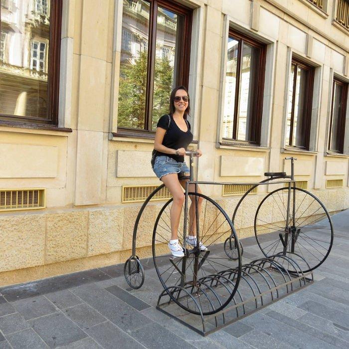 Eu bicicletando pela cidade ;)