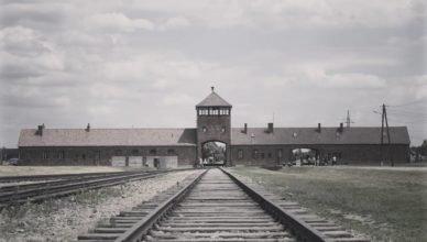 Campo de Concentração Auschwitz II - Birkenau.