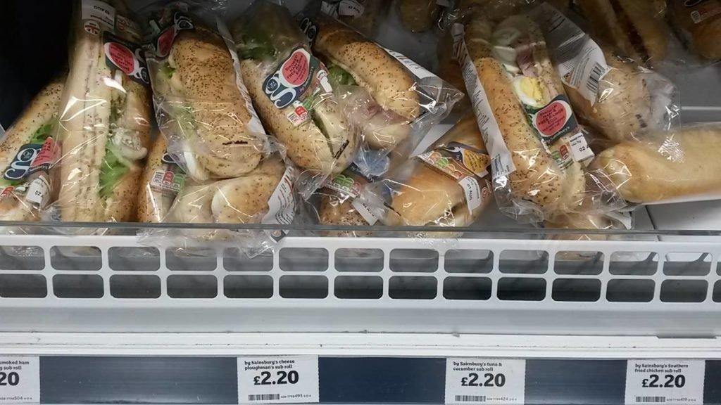 Sanduíches prontos, mas quem quiser fazer o seu próprio ainda economiza mais! | Quanto custa viajar para Londres