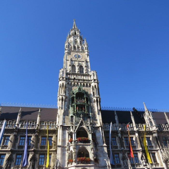 Prédio da prefeitura - Neus Rathaus.