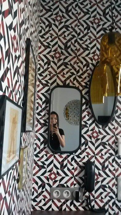 Eu no meu quarto no OOPS hostel | Hostel em Paris