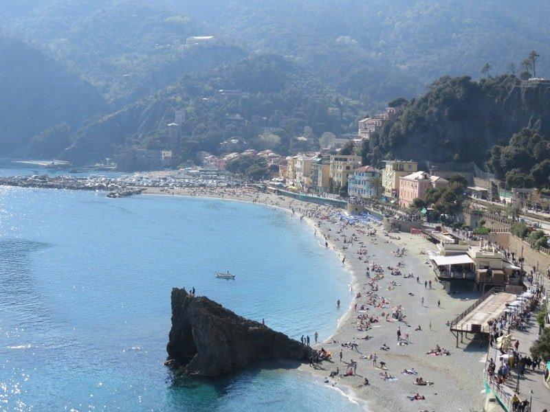 Monterosso, foto tirada no final da trilha | O que fazer em Cinque Terre