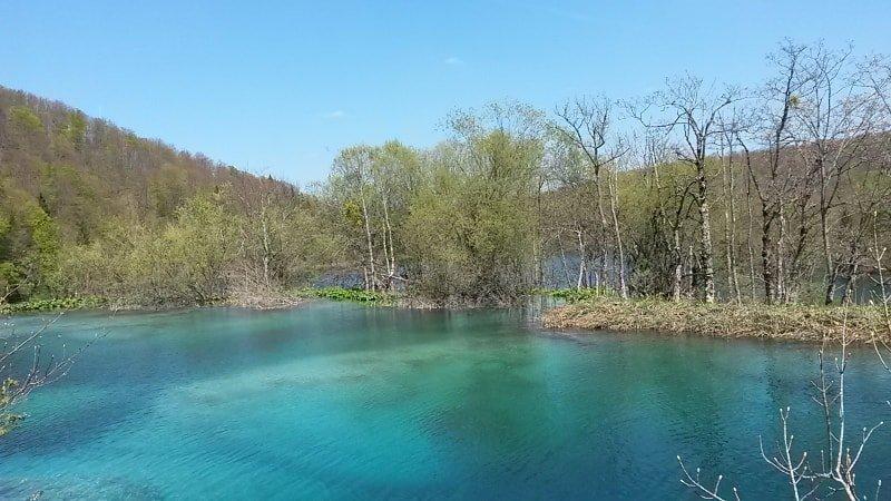 Olha a cor dessa água ???? | Plitvice Lakes Dicas