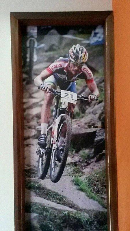 Porta do meu quarto no Adrena Sport Hostel em Belo Horizonte