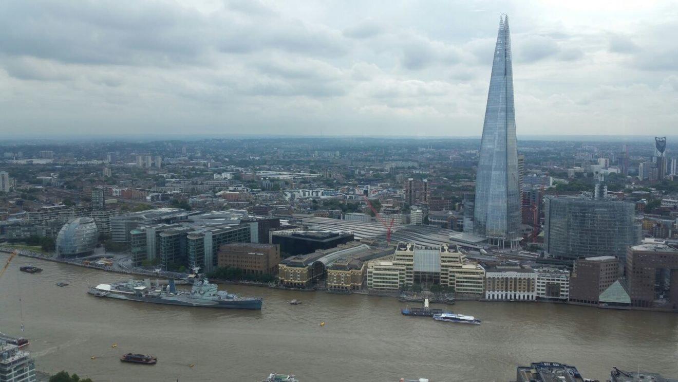 Vista do Sky Gardens em Londres   O que fazer em Londres em 4 dias