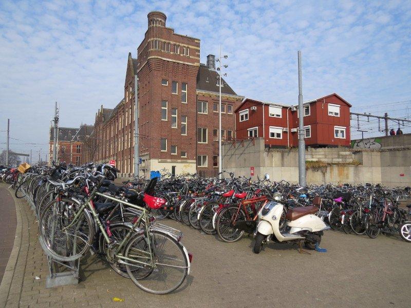 Milhares e milhares de bicicletas!