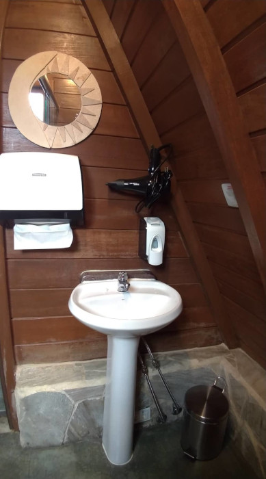 Banheiro da Pousada Viva em São Thomé das Letras.