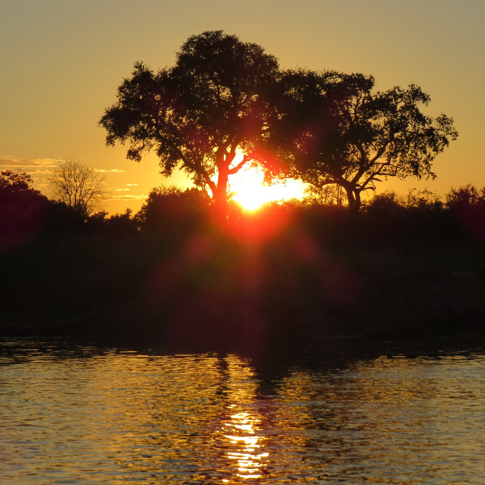 Amazing sunset | What to do in Zambia